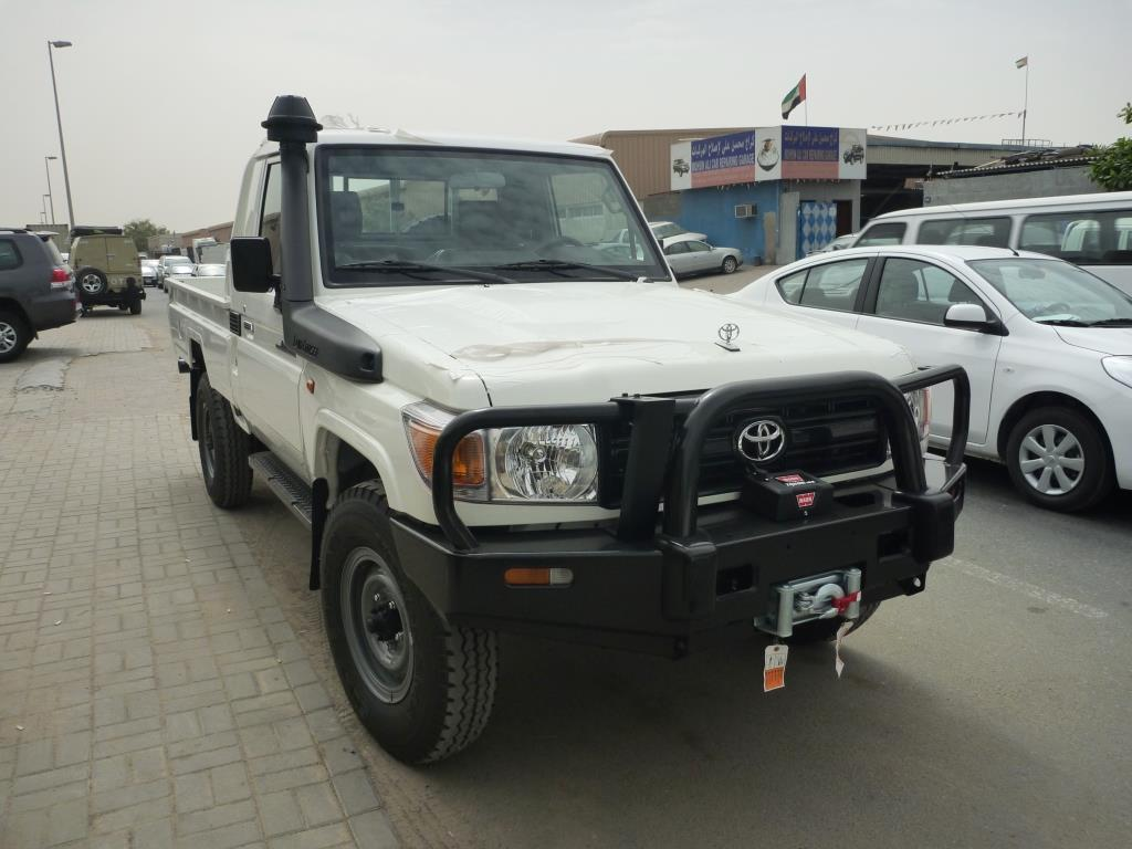 toyota land cruiser pick up hzj79 africa automotive. Black Bedroom Furniture Sets. Home Design Ideas